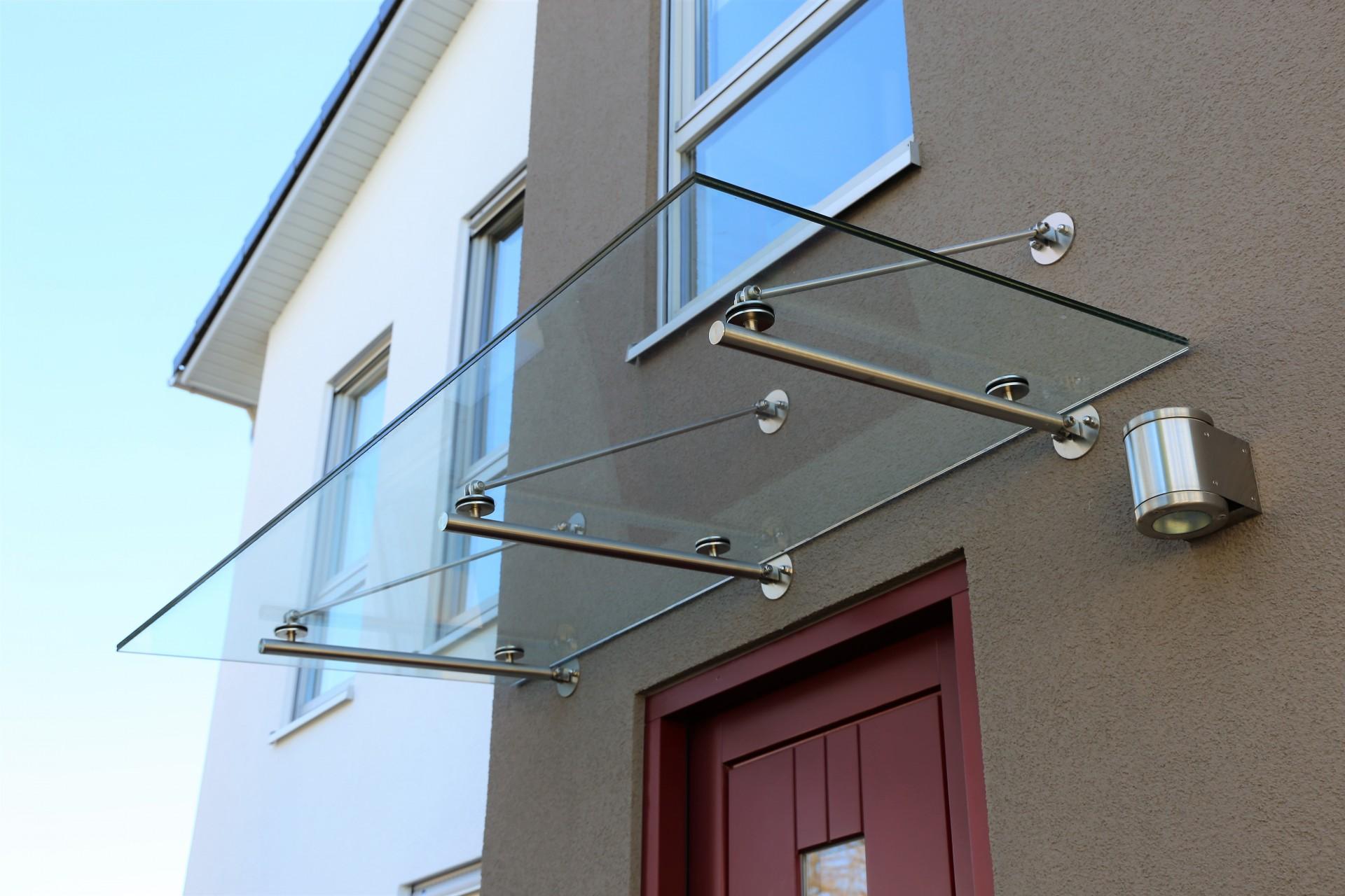 Produzione e lavorazione di vetri vetrate specchi a verona vetreria bellomi la fabbrica di - Specchi su misura verona ...